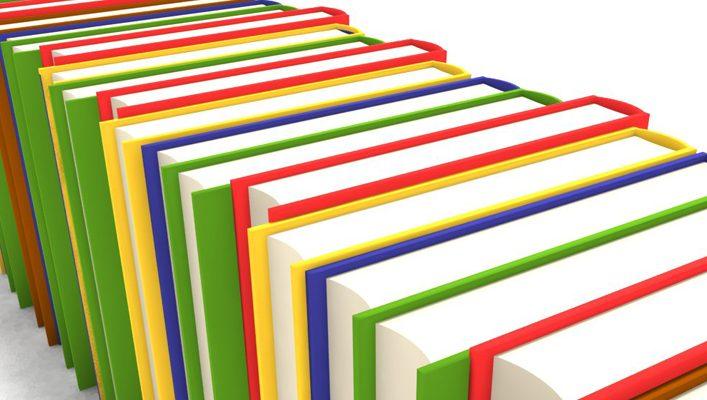 Oferta dos cadernos de fichas aos alunos do 1º ciclo